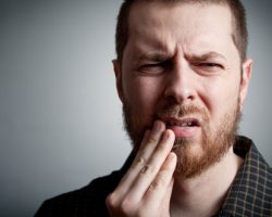 Signs You May Have an Infection Inside Your Tooth